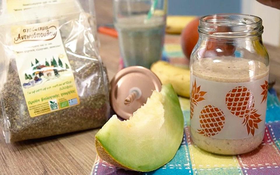 smoothie με νιφάδες βρώμης και λιναρόσπορο